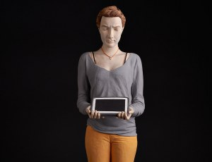 Girl with ipad (Col.France)